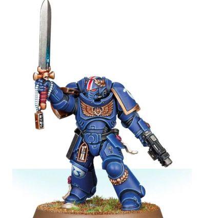 [Space Marines] Primaris Lieutenant with Power Sword
